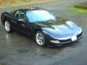 1997 Chevrolet Corvette Black Coupe (2 door)