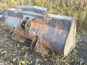 Bucket godet loader volvo L50 L70 john deere 444 case cat