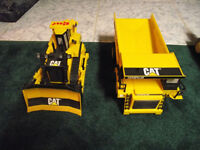 Caterpillar Truck/ Bulldozer