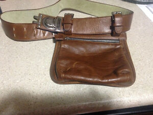 LEATHER, LIKE NEW WAIST PURSE