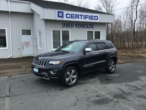 2015 Jeep Grand Cherokee Overland ( $120.00 Weekly) 4x4