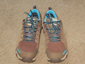 Womens Low cut Hiking Shoes