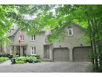 Executive Luxury House in Ancaster, Right in the Village.