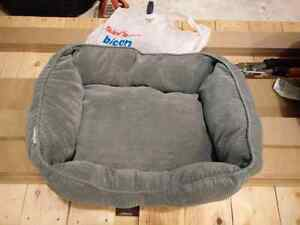 Small dog bed 18x14