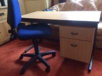 Computer desk & chair, PO6