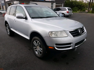 2004 Volkswagen touareg V8 awd fully equipped
