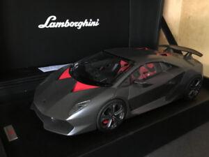 MR Collection Model 1/18 Lamborghini Sesto Elemento (Défauts)