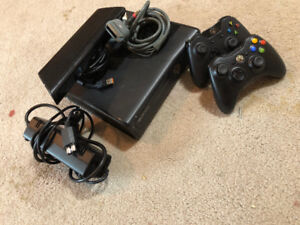 xbox 360 and multiple games, comes with controller