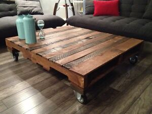 Reclaimed wood pallet