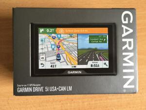 """Garmin Drive 51LM 5"""" GPS w/ Free Lifetime Canada/ USA Maps."""