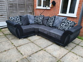 Shannon corner sofa Black and grey