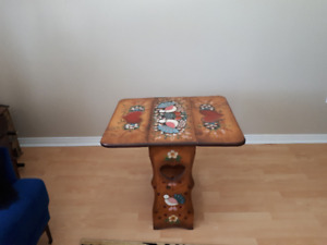 HAND PAINTED DROP LEAF DECORATIVE TABLE