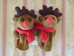 2 marionnette à doigt identiques renne du Père Noel +botte