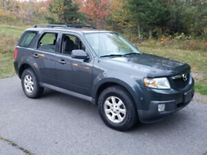 2009 AWD Mazda tribute