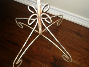 GOTHIC antique CHURCH wrought iron CANDLE STAND DECORATOR Kitchener / Waterloo Kitchener Area image 7