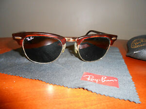 Ray Ban Clubmaster Sunglasses Tortoise with green lenses