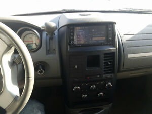 2008 Dodge Caravan swivel N Go Familiale  TV/DVD***