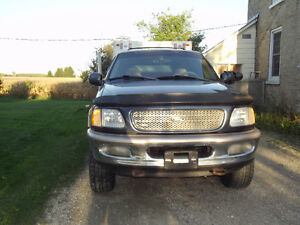 1998 Ford Expedition SUV, Crossover