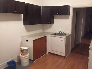 Best deal for 4.5 unit near Metro Verdun for June 1st