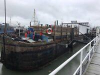 Contemporary Static Houseboat - Carolinar
