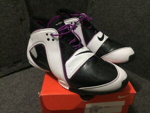 Nike Flight Windmill, Black-White-Red Plum,DS,$120 CAD,Size12US