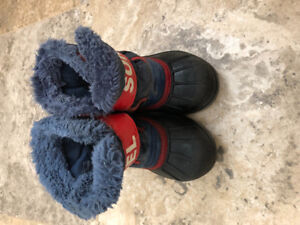 Sorel size 8 toddler boots