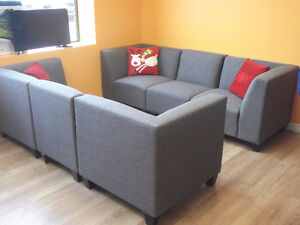 BEAUTIFUL 6 PIECE GREY MODULAR COUCHES - USED 3 WEEKS London Ontario image 5