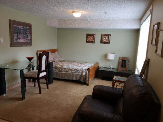 Bachlore appartment for rent in Aurora | Long Term Rentals ...