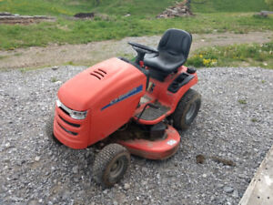 Riding lawnmower Simplicity $500 as is.