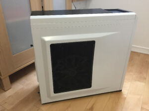 Corsair Carbide 500R Mid Tower Artic White