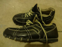 """ DAKOTA "" Steel Toe / Work Shoes - size 9 EE Women"