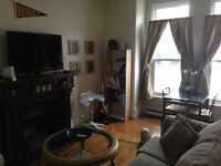 Gorgeous 1 Bedroom Sublet from mid-June/July - August 2015