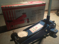 2.25 ton New Gel Tools Floor Jack