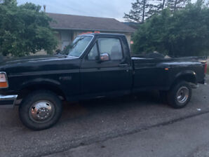 1996 Ford F-350, Low kms.