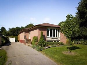 Bright&Clean Lovely 3Bedrm Detached In Desirable Area , Aurora