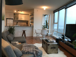 Nicely Furnished 2 Bed, 2 Bath + Solarium with amazing views