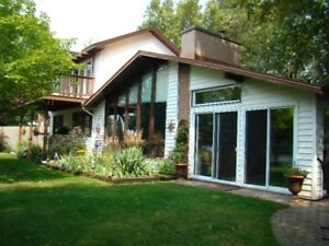 House for sale on the Trent Severn Waterway