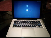 "Early 2011 MacBook Pro 13"" 500gb"