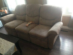 Lazy Boy recliner (couch)