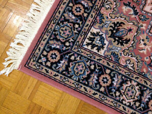Super Clean & Nice Viscose 260 x 160 cm Area Rug SEE VIDEO