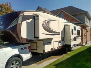 2015 Jayco Eagle HT 5th Wheel 27.5 RLTS