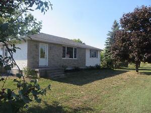 3 Bdrm house for Rent - North of Belleville