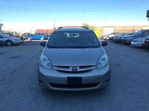 2006 Toyota Sienna. CERTIFIED, ETESTED, WARRANTY. NO ACCIDENT