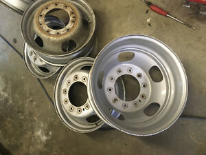 Dodge 4500 10 lug 19.5 steel wheels