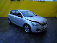 2009 KIA CEED 1 90 1.4 PETROL 5 SPEED MAN