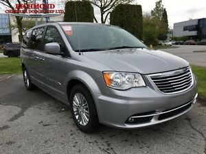 2016 Chrysler Town  Country Touring-L  - Leather Seats -  Remote