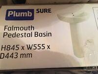 PlumbSure White Bath suite