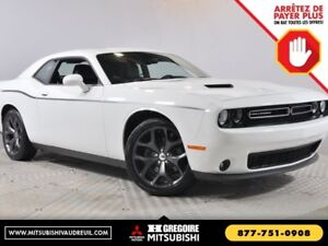 2017 Dodge Challenger SXT Plus GPS Sunroof Cuir-Chauffant Blueto