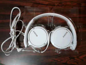 Sony MDRZX110 Over-Ear Headphones (White