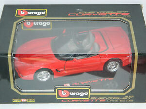 Burago 1/18 Scale 1998 Corvette Convertible Diecast Car Red